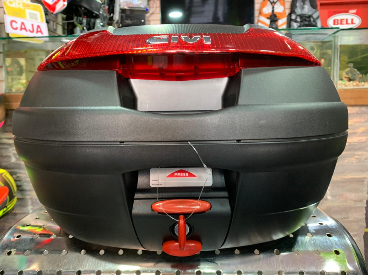 Maletero / Baul Givi 34 litros E340N / E340NT - Adrian Store
