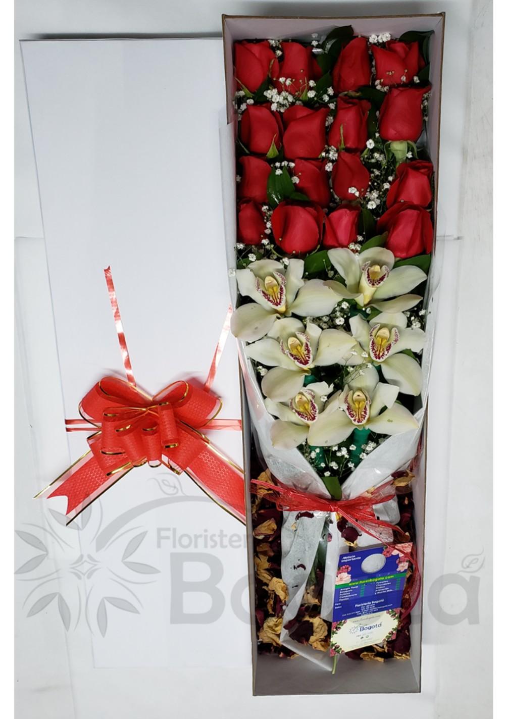 Caja con Rosas y Orquideas