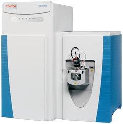 Q Exactive Hybrid Quadrupole-Orbitrap LC-MS Mass Spectrometer